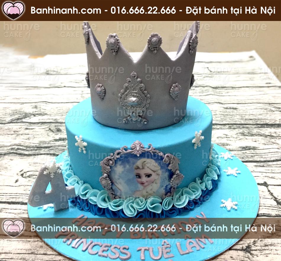 Bánh sinh nhật fondant tông xanh công chúa Frozen Elsa với một chiếc vương miện bạc lấp lánh trên đầu dành tặng các bé gái (Mã: 3547)